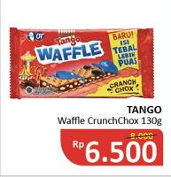 Promo Harga TANGO Waffle Crunch Chox 130 gr - Alfamidi