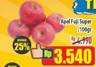 Promo Harga Apel Fuji Super per 100 gr - Hypermart