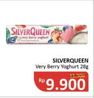 Promo Harga SILVER QUEEN Chocolate Very Berry Yoghurt 28 gr - Alfamidi
