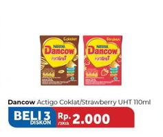 Promo Harga DANCOW Actigo UHT Cokelat, Stroberi per 3 pcs 110 ml - Carrefour