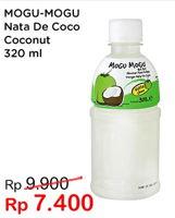 Promo Harga MOGU MOGU Minuman Nata De Coco Kelapa 320 ml - Indomaret