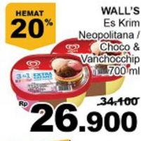 Promo Harga WALLS Ice Cream Neopolitana, Chocolate Vanilla With Chocolate Chip 700 ml - Giant