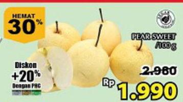 Promo Harga Pear Sweet per 100 gr - Giant